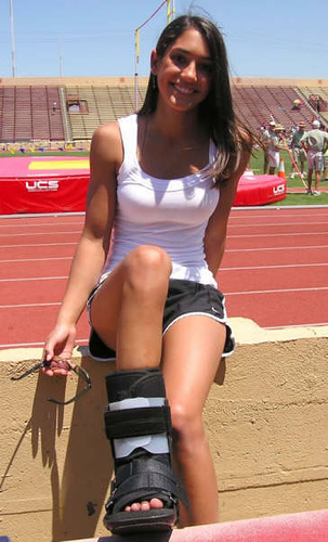 Pole_Vaulter-Allison_Stokke