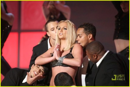 britney-spears-vmas-performance-2007-61.jpg