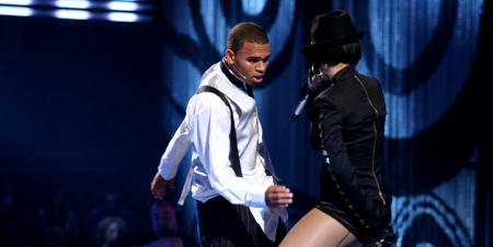 performances-chris-brown-14766773.jpg