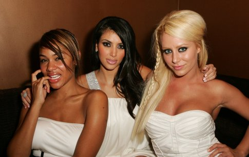 kim-kardashian-and-aubrey-making-the-band.jpg