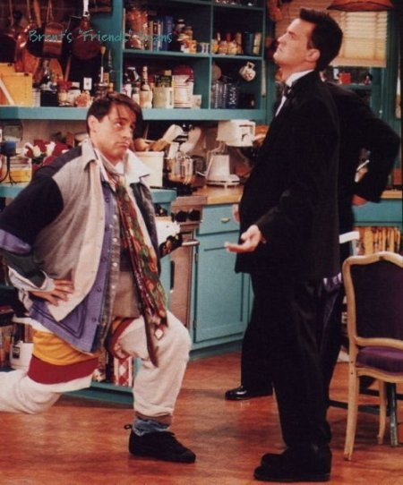joey-wears-all-of-chandlers-clothes.jpg