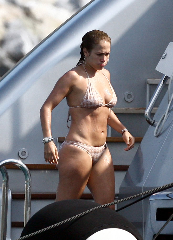 Jennifer lopez thong