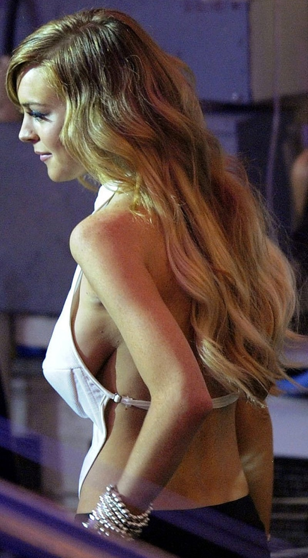 Lindsay Lohan Boob glisser image